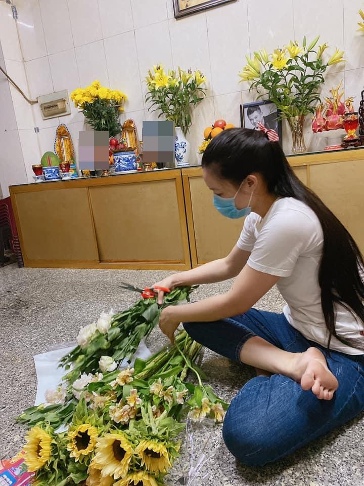 Vợ Vân Quang Long xuất hiện sau scandal với hội bạn của chồng-4