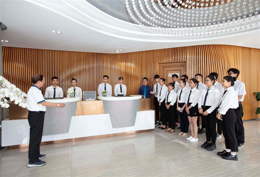 Tuyển sinh ngành Quản trị khách sạn dành cho mọi trình độ, mọi đối tượng-1