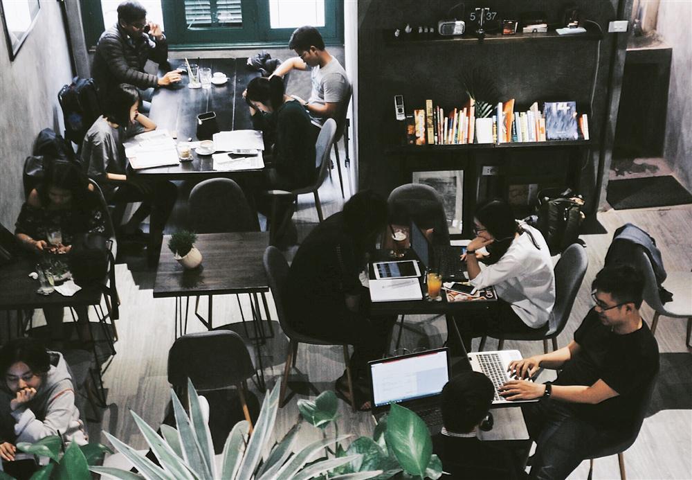 Đi đu đưa ngay những quán cafe tone xám ở Hà Nội có ảnh đẹp như studio-6
