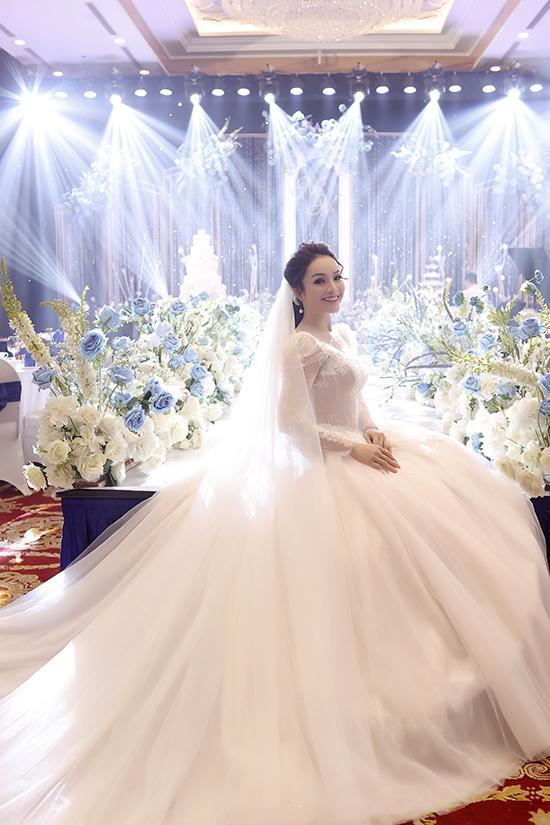 Tân Nhàn bí mật ly hôn, bất ngờ tái hôn-3