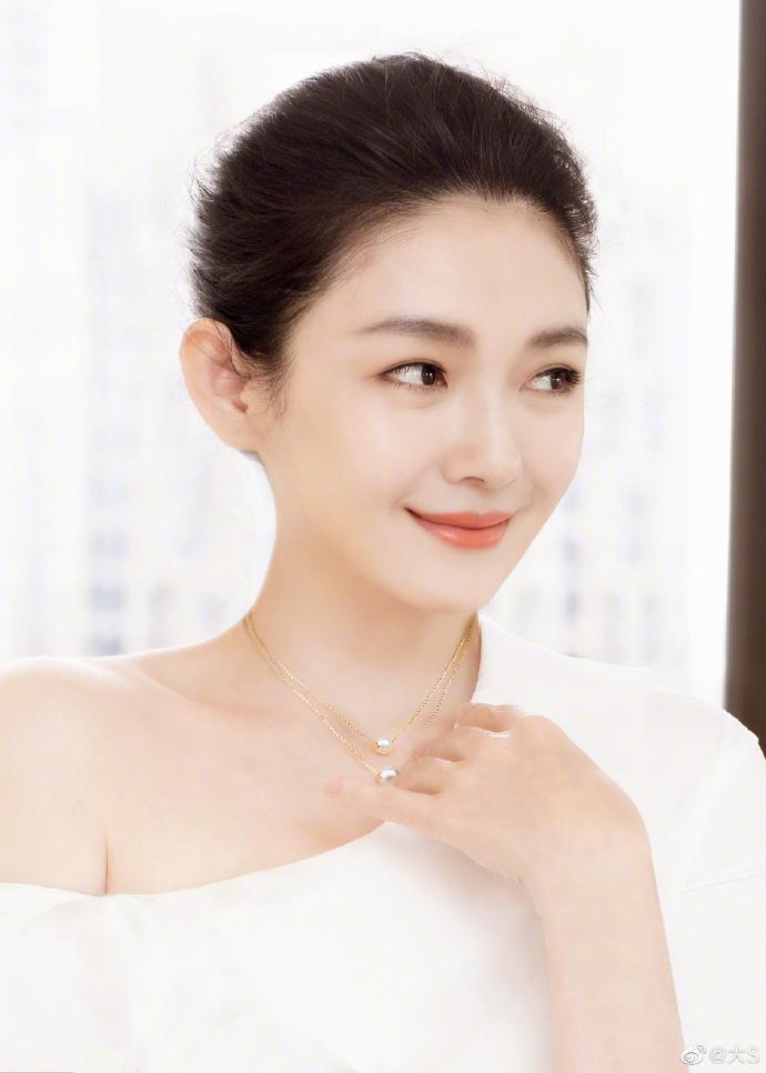 Từ Hy Viên tuổi 44 sở hữu sắc vóc trẻ trung khó tin-5