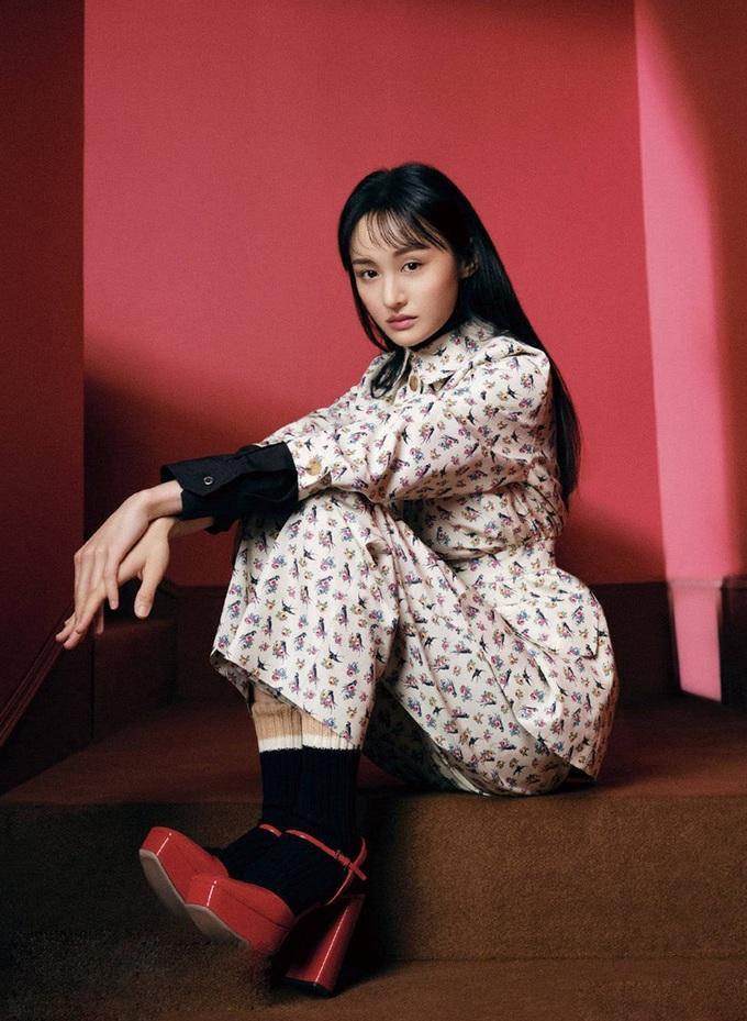 Trịnh Sảng mặc đồ Prada: Khi bị chê phèn, lúc xinh chuẩn nữ thần-2