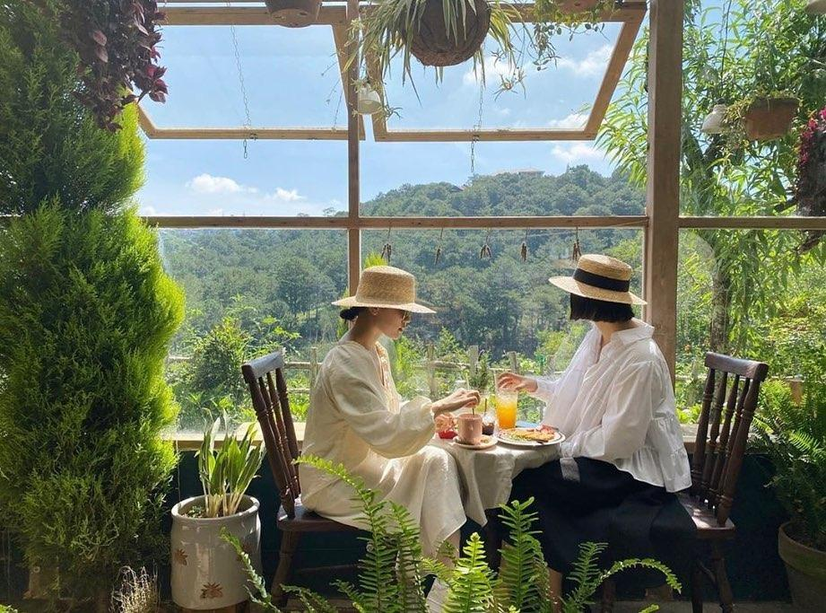 3 quán cafe ở Đà Lạt như đưa du khách lạc vào khu vườn bí mật-1