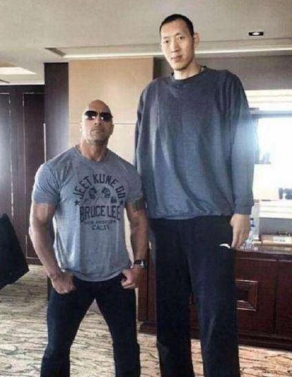 Ngoại hình diễn viên Trung Quốc - người 40 kg, người chỉ cao 1,28 m-6
