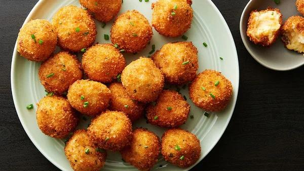 Thích thú với cách thái khoai tây của nhà hàng, bảo sao lại có thể chiên khoai trong nháy mắt-5
