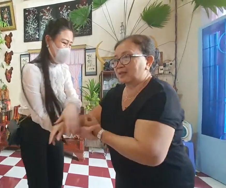 Vợ hai Vân Quang Long gọi mẹ chồng là BÁC, khóc nghẹn nói lời xin lỗi-3