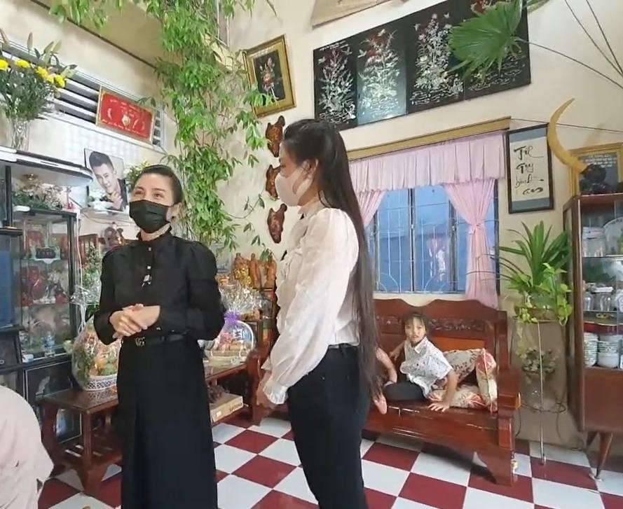 Vợ hai Vân Quang Long gọi mẹ chồng là BÁC, khóc nghẹn nói lời xin lỗi-5