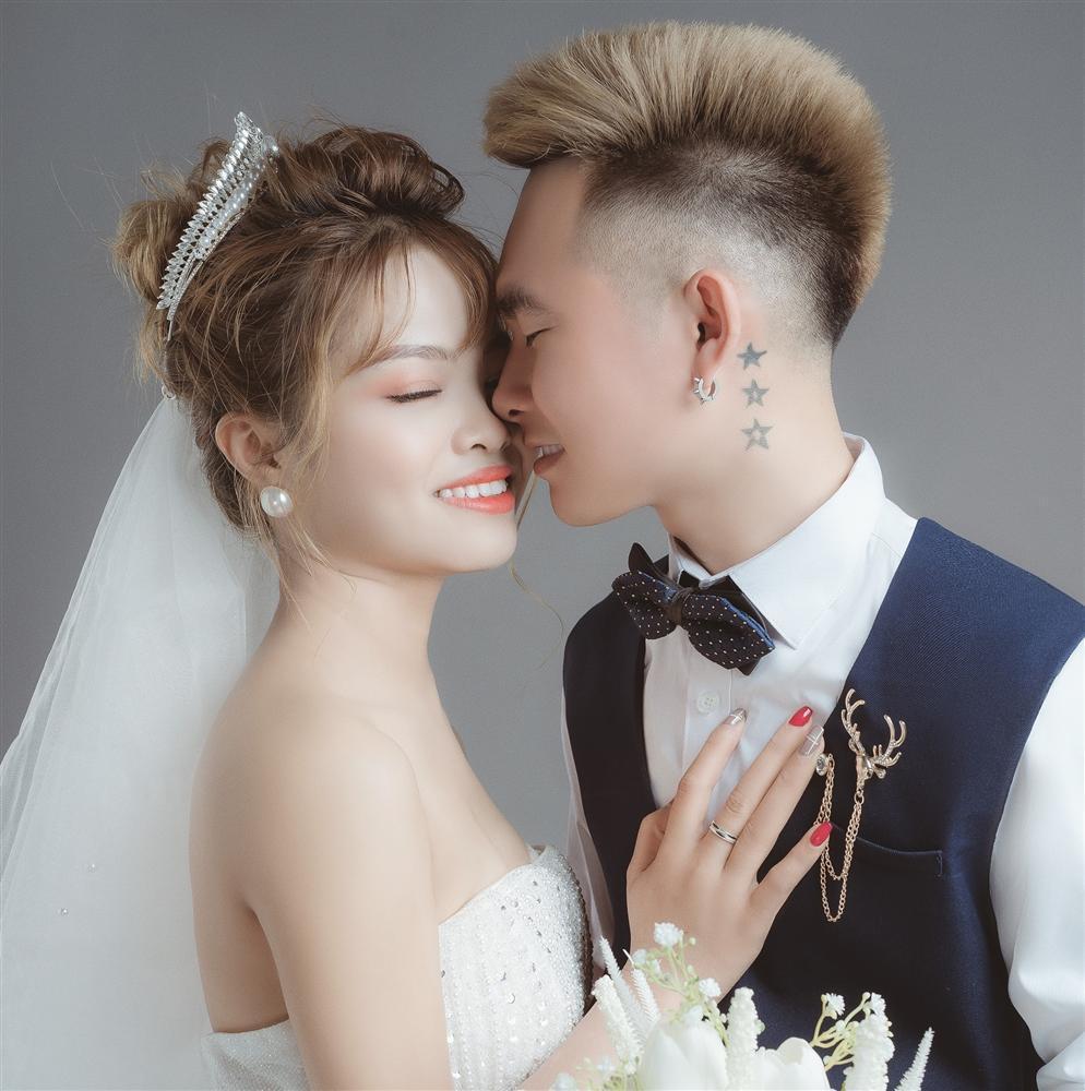 Xôn xao clip chú rể 15 tuổi lấy vợ ở Hà Tĩnh-2