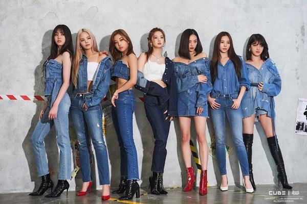 Thực hư chuyện loạt album đồng nghiệp kí tặng CLC được rao bán trên mạng-7