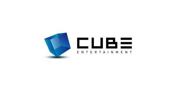 Thực hư chuyện loạt album đồng nghiệp kí tặng CLC được rao bán trên mạng-9