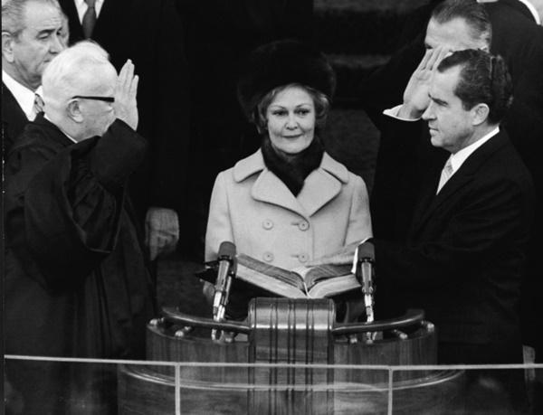 Các đệ nhất phu nhân Mỹ mặc gì tại lễ nhậm chức tổng thống?-4