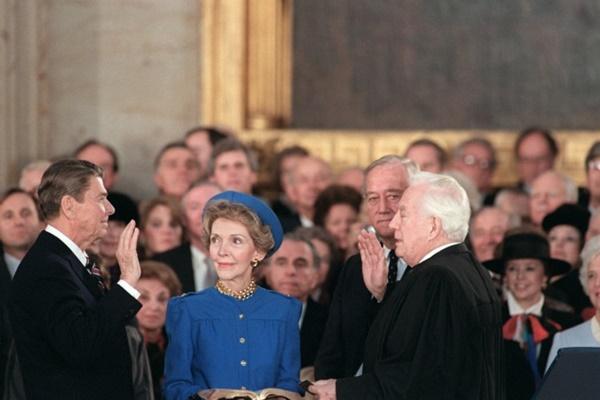 Các đệ nhất phu nhân Mỹ mặc gì tại lễ nhậm chức tổng thống?-7