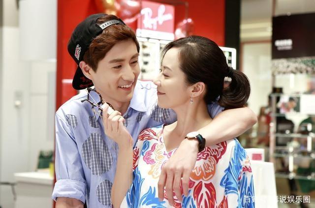 Triệu Lệ Dĩnh, Lâm Tâm Như từng yêu đàn em kém cả chục tuổi trong phim Hoa ngữ-5