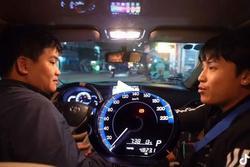 Danh tính thanh niên chi 35 triệu thuê taxi đi xuyên Việt từ Bắc vào Nam
