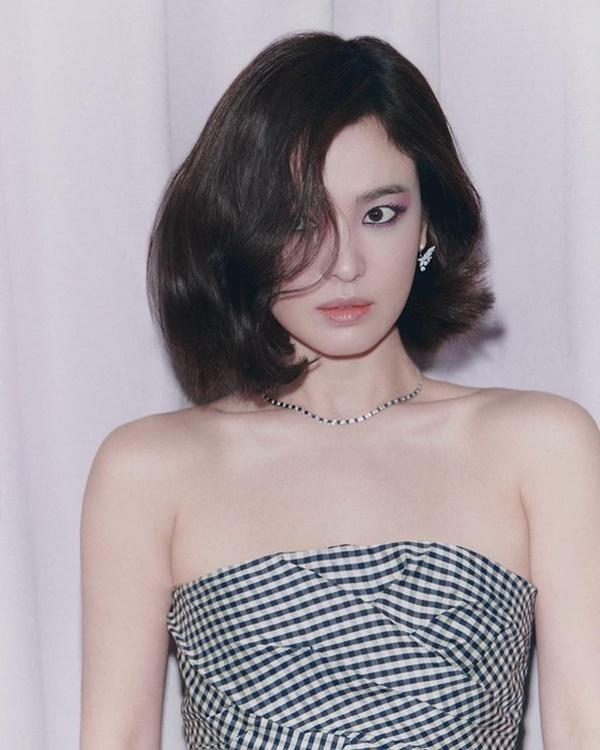 Rộ tin Hyun Bin đóng phim mới vai bác sĩ điển trai, netizen réo Son Ye Jin làm nữ chính-5