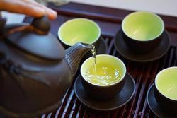 Nghiện trà xanh nhưng uống sai cách sẽ gây hại khôn lường
