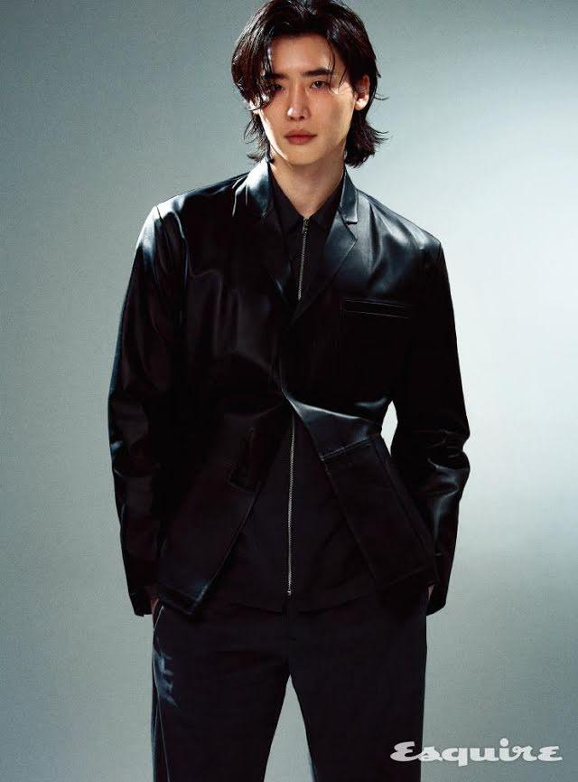Lee Jong Suk đối mặt áp lực tâm lý ngày trở lại-2