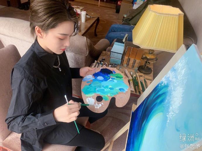 Trương Hinh Dư chứng minh tài năng hội họa xuất sắc-1