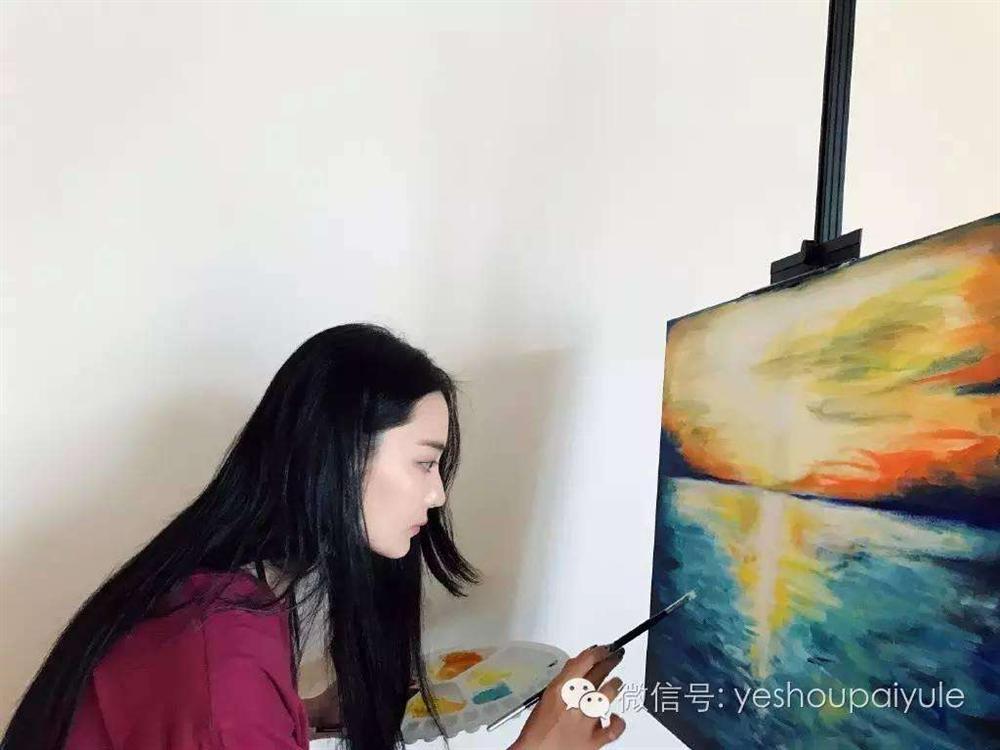 Trương Hinh Dư chứng minh tài năng hội họa xuất sắc-6