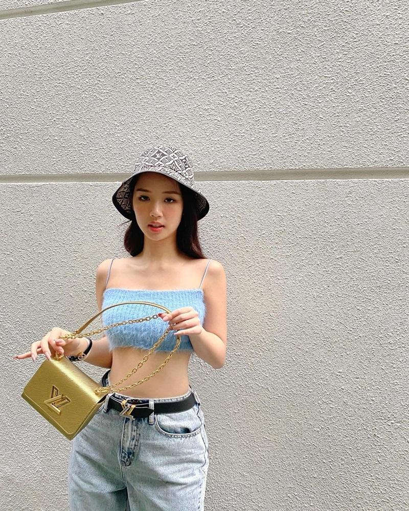 Chi Pu - Thiều Bảo Trang - Tiểu Vy áp dụng công thức mix đồ khoe eo con kiến-2
