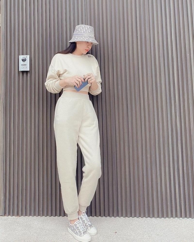 Lệ Quyên lộ bé mỡ vì quần da - Đàm Thu Trang lấy lại eo thon nhỏ tí-4