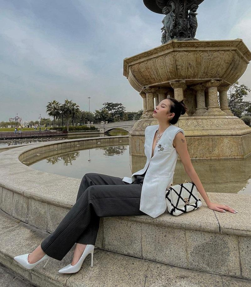 Chi Pu - Thiều Bảo Trang - Tiểu Vy áp dụng công thức mix đồ khoe eo con kiến-7