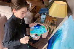 Trương Hinh Dư chứng minh tài năng hội họa xuất sắc