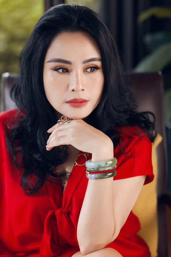 Xuất hiện bên hoa hậu Tiểu Vy, nhan sắc diva Thanh Lam gây chú ý-6