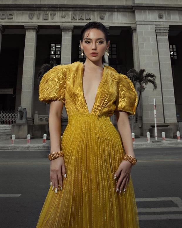 Khánh Linh như nữ thần tại WeChoice Awards, đụng váy 350 triệu với Hà Hồ-1