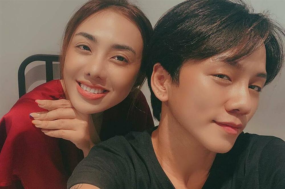Tình chuyển giới của Miko Lan Trinh lần đầu khoe ngực mới phẫu thuật-6