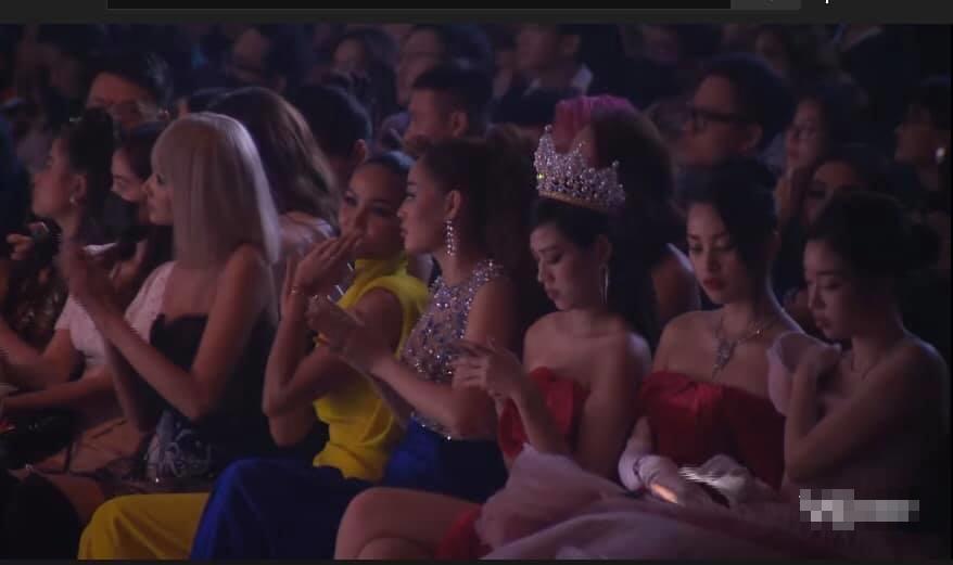 3 hoa hậu Đỗ Hà - Tiểu Vy - Mỹ Linh gây tranh cãi với ý thức đi sự kiện-1