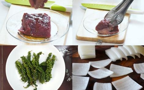 Cách làm bò bít tết tiêu xanh thơm ngon đúng điệu-2