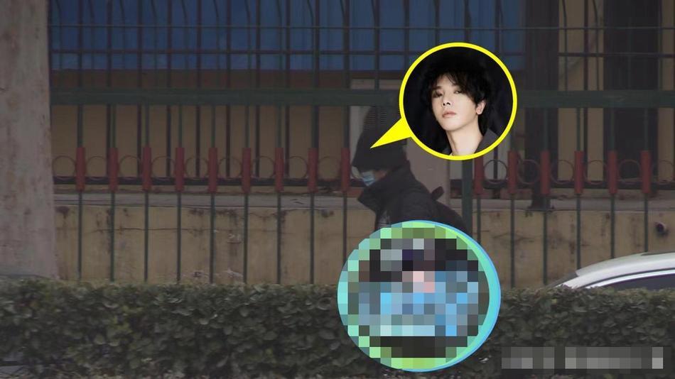 Hoa Thần Vũ lộ diện sau scandal có con, tố paparazzi vì đeo bám-2