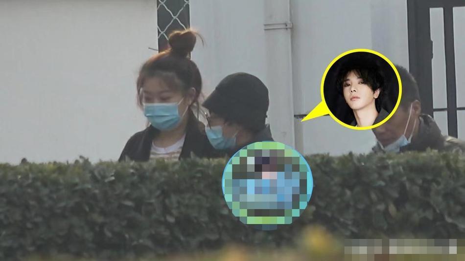 Hoa Thần Vũ lộ diện sau scandal có con, tố paparazzi vì đeo bám-4