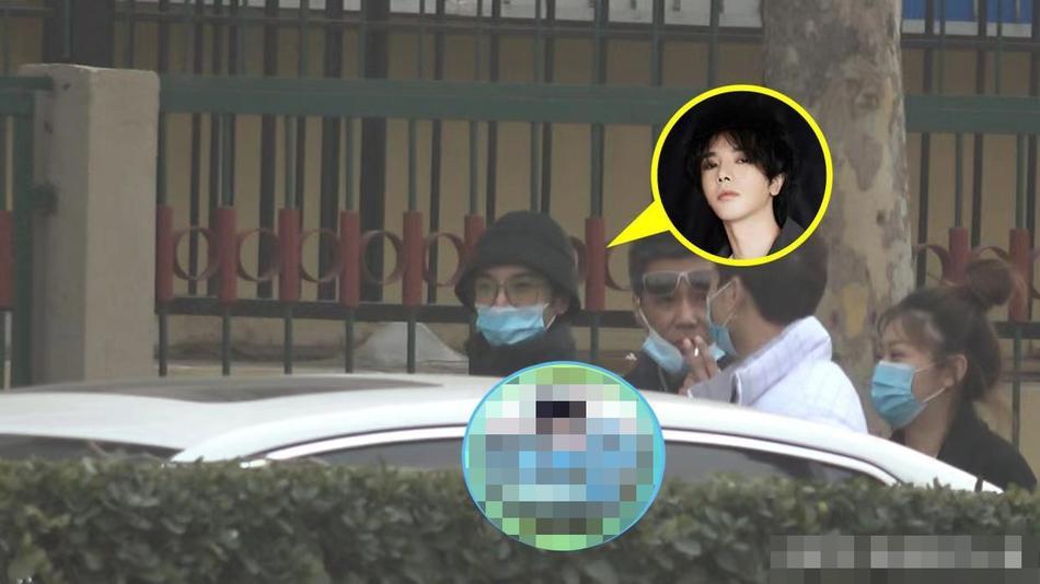 Hoa Thần Vũ lộ diện sau scandal có con, tố paparazzi vì đeo bám-6