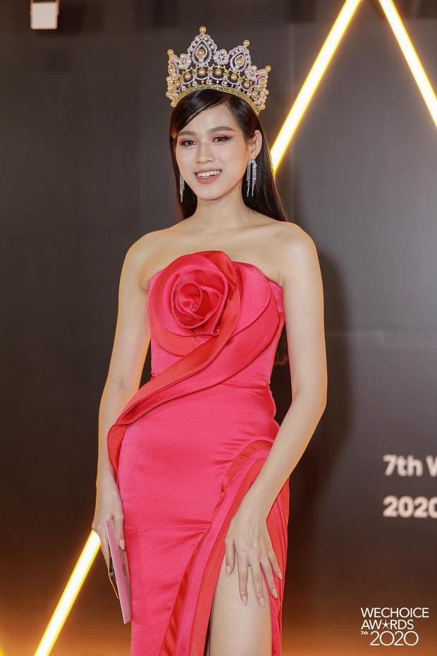 SAO MẶC ĐẸP: Thủy Tiên - Đỗ Mỹ Linh hóa nàng thơ với váy áo tông hồng pastel-1