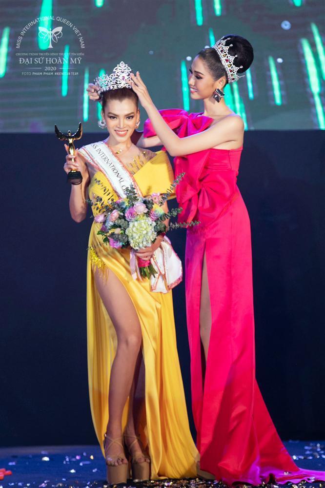 Phùng Trương Trân Đài đăng quang Hoa hậu Chuyển giới Việt Nam 2020-3