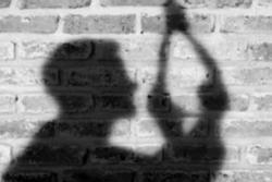 Nam sinh 14 tuổi treo cổ tại phòng riêng, nghi nghiện game bị cấm đoán nên làm liều
