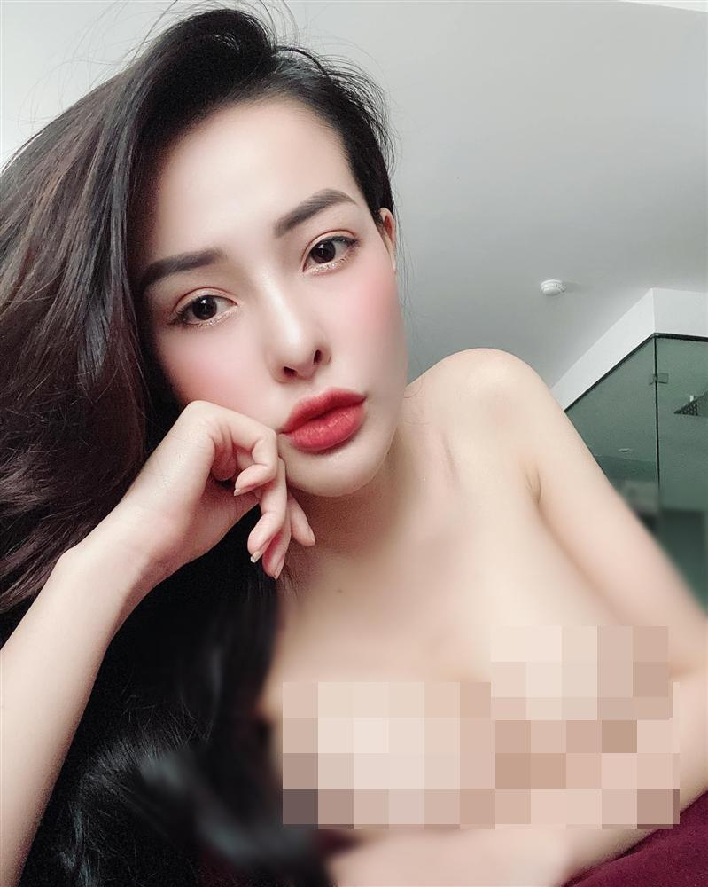 Ngân 98 nude phản cảm: Tóc học sinh, body phụ huynh-3