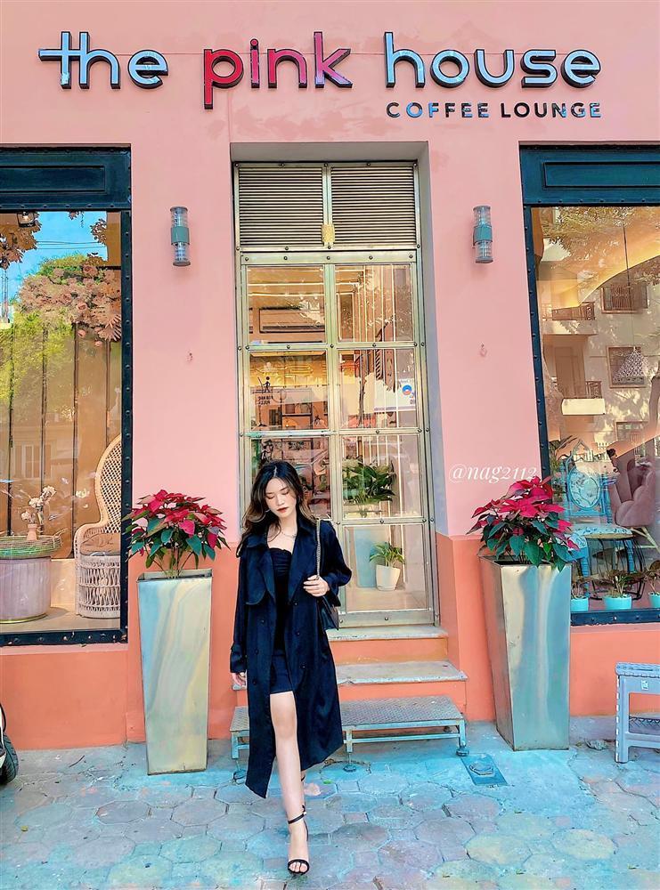 Đầu xuân ngọt ngào với 3 quán cafe tone hồng đốn tim hội bánh bèo ở Hà Nội-2