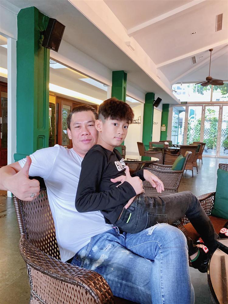 Chồng cũ Lệ Quyên tự phong con trai là Cổ Thiên Lạc Việt Nam-3