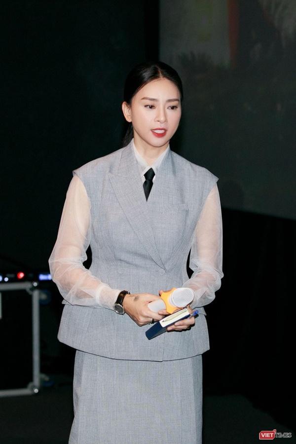 Hoạ sĩ Lê Linh: Tôi không đóng kịch, không lừa dối độc giả, khán giả-3