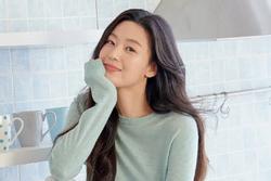 'Mợ chảnh' Jeon Ji Hyun gây ngỡ ngàng với sắc vóc tuổi 40