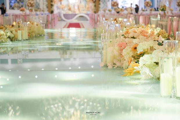 Đám cưới cổ tích ở Bắc Ninh: Riêng tiền thiết kế 30 tỷ, 300 xế xịn đỗ kín đường-9