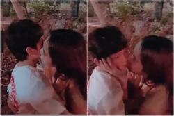 Ngọc Trinh tiếp tục hôn bé trai 8 tuổi, khéo léo hơn để tránh 'gạch đá'