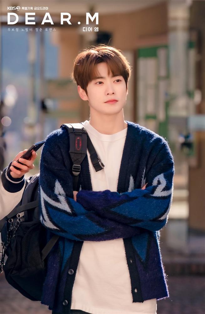 Hé lộ tạo hình vai diễn đầu tay của Jaehyun NCT trong phim sắp lên sóng-1