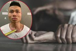 Vụ hiếp dâm nữ sinh trong thang bộ chung cư: Lưu nhiều ảnh nóng ở điện thoại, bị đá vào bộ phận nhạy cảm