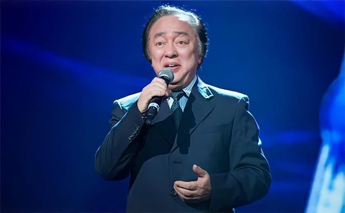 Nhạc sĩ Quốc Trung gây xúc động khi tạm biệt bố - NSND Trung Kiên-1
