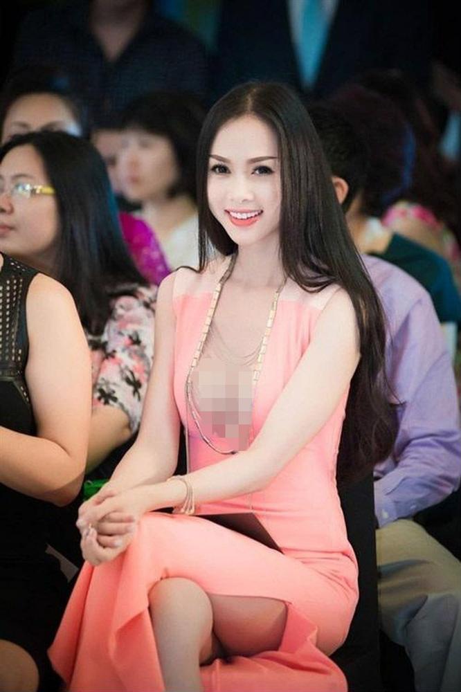 Những trang phục lộ nội y kém sang khiến sao Việt muối mặt-4