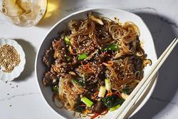 Món miến trộn không thể thiếu trong ngày Tết của người Hàn